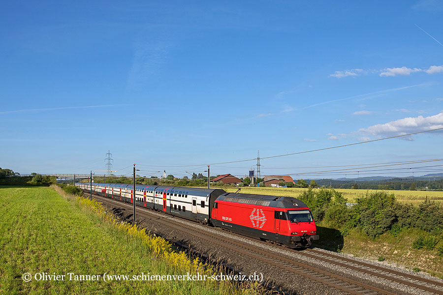Re 460 104 mit IC61 Basel – Bern – Interlaken Ost