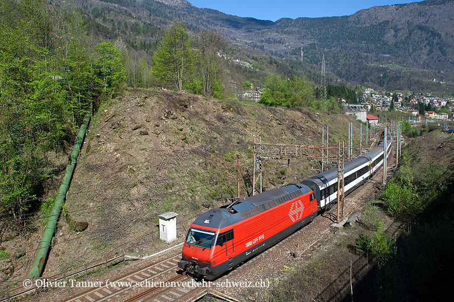 Re 460 109 mit IC Domodossola – Brig – Bern – Basel