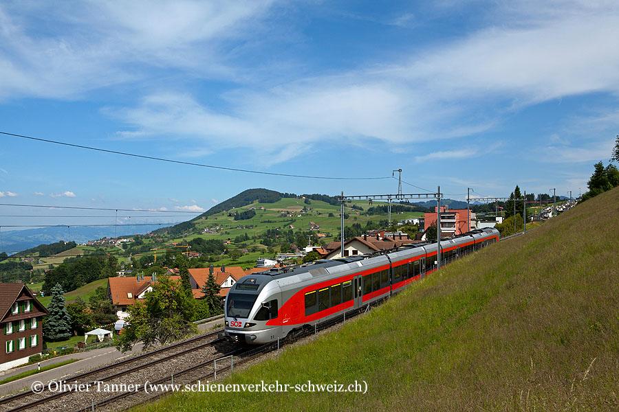 RABe 526 045 als S40 Einsiedeln – Wädenswil