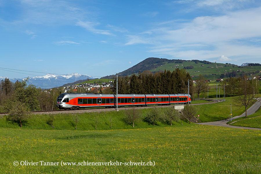RABe 526 048 als S40 Rapperswil – Einsiedeln