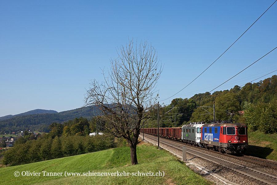 Re 421 387 und Re 620 003 (von RailAdventure) mit dem Biorübenzug
