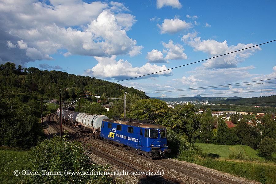 Re 421 373 mit einem Oelzug nach Birsfelden Hafen