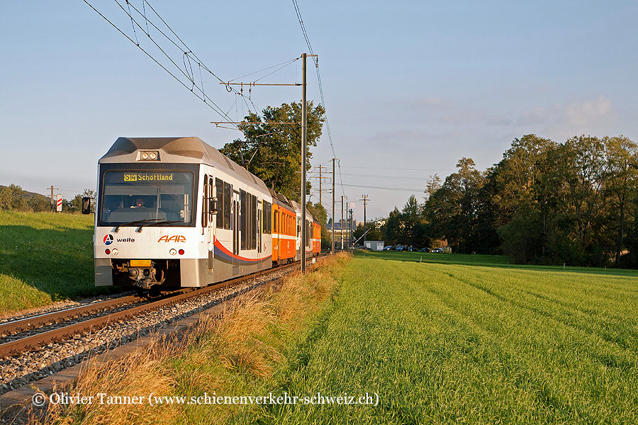 Pendenlzug mit Be 4/4 15 und Be 4/4 20 als S14 Menziken – Aarau – Schöftland